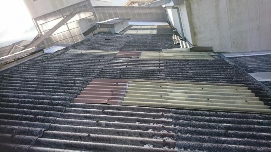 土岐市|倉庫の屋根の大波スレートFRPが劣化し雨漏りしたため交換いたしました