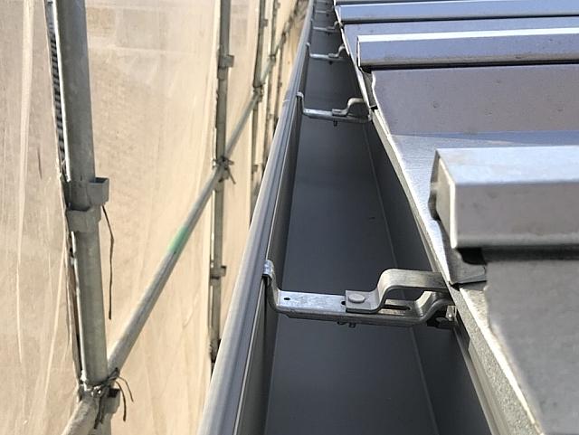雨漏り樋交換