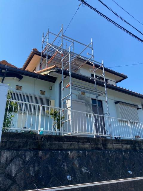 多治見市の瓦屋根の棟瓦と谷板金の修繕をしてきました