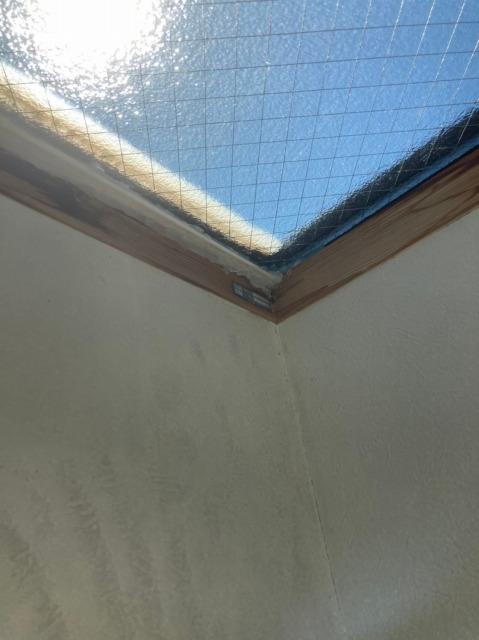 可児市にて天窓からの雨漏りを調査してきました